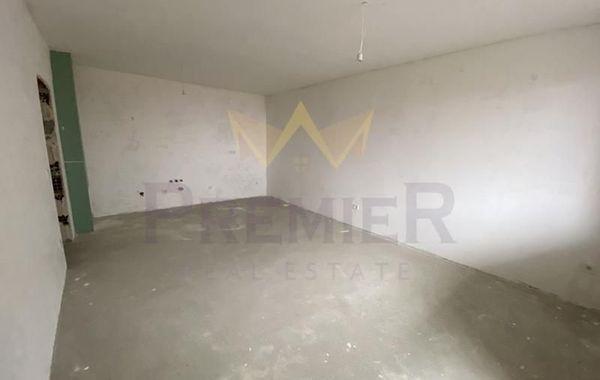 тристаен апартамент варна emjlfc2b