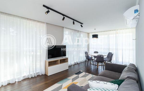 тристаен апартамент варна en1mr8se