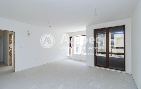 тристаен апартамент варна etdc14yb