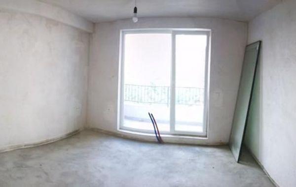 тристаен апартамент варна evxdaybc