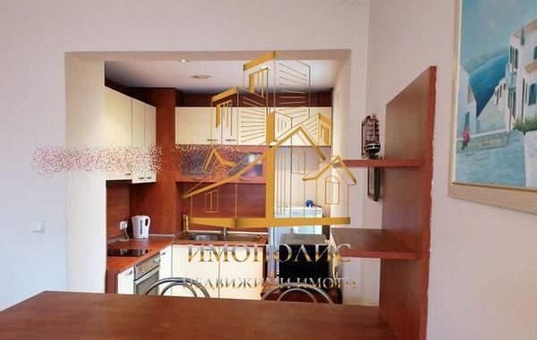 тристаен апартамент варна f1wcuf1u