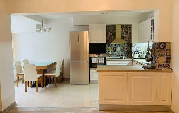 тристаен апартамент варна fgpnxa93