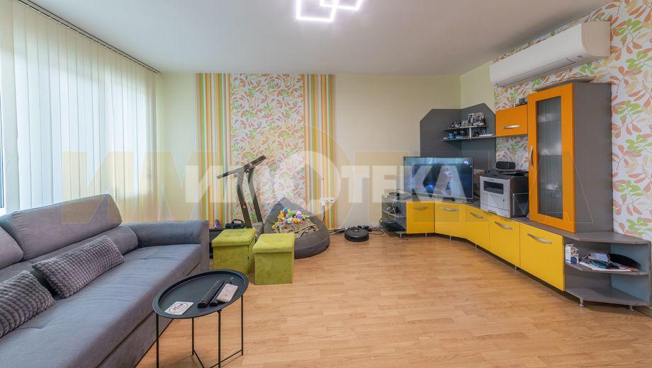 тристаен апартамент варна fksuw648