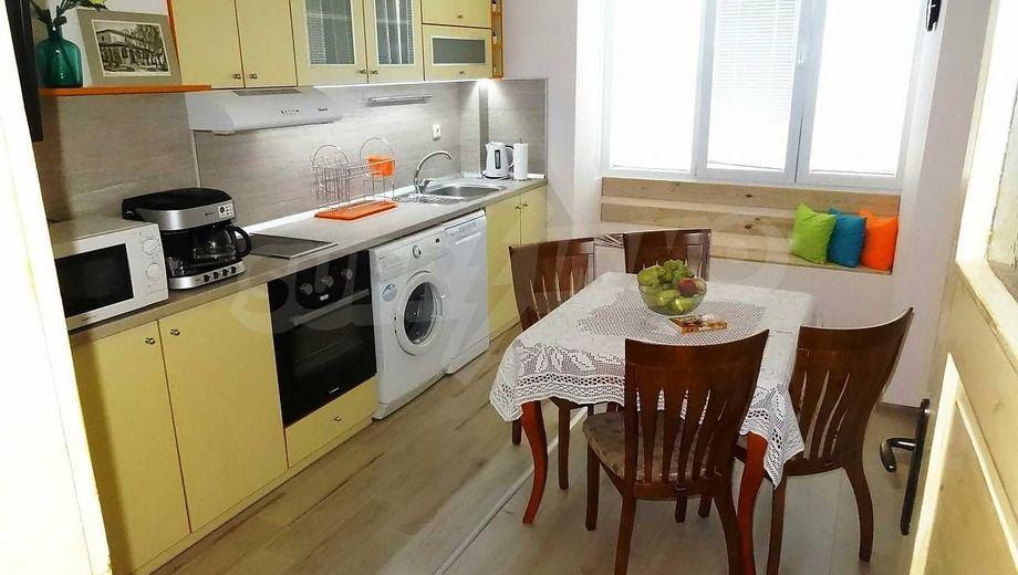 тристаен апартамент варна g4ruxrd6