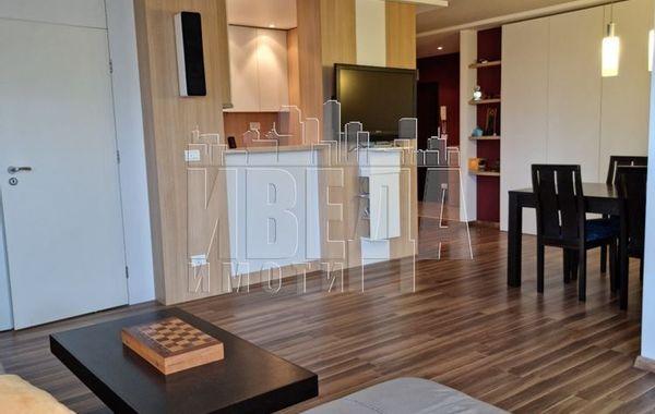 тристаен апартамент варна g8txrafk