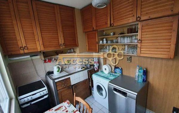 тристаен апартамент варна gpnxdu65