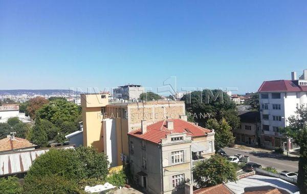 тристаен апартамент варна grbqjpsf