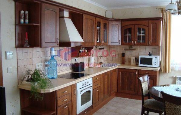 тристаен апартамент варна hc18tj46