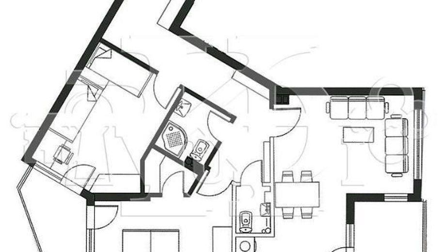 тристаен апартамент варна hg96gk7x