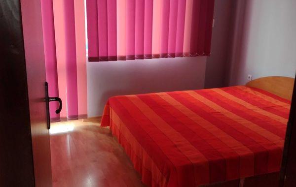 тристаен апартамент варна hj64ttuc