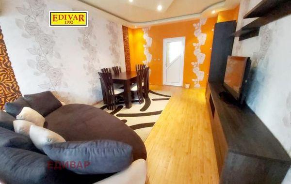 тристаен апартамент варна hnev3sbp