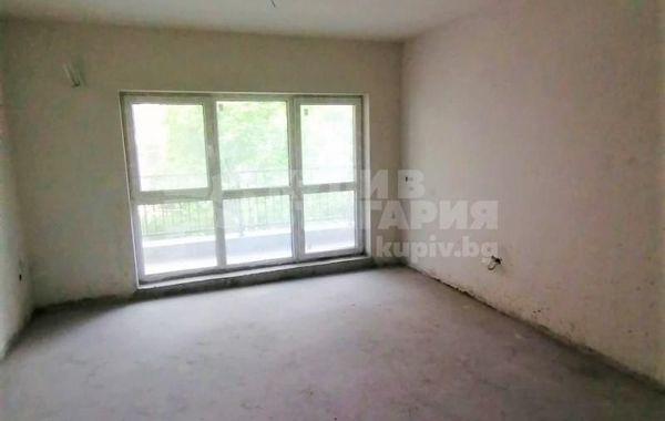 тристаен апартамент варна j2ks79g2