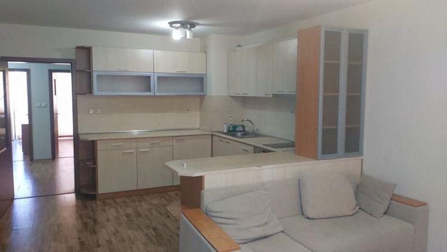 тристаен апартамент варна j2qc3uqy