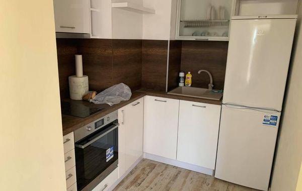 тристаен апартамент варна j36ub1nk