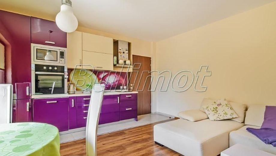тристаен апартамент варна jf4wy2gg