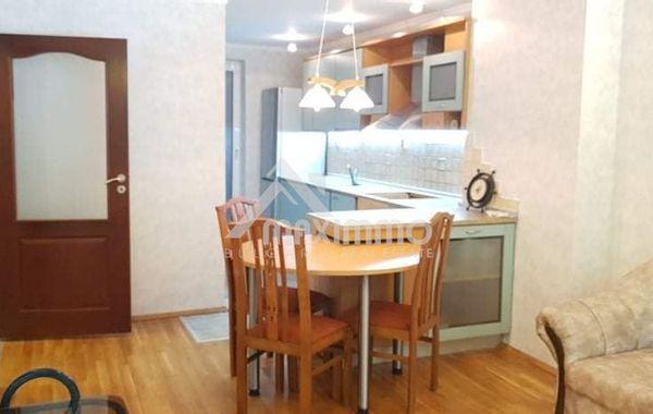 тристаен апартамент варна jkl478x3
