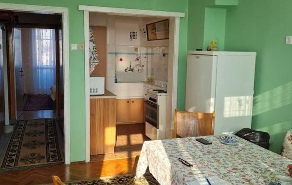 тристаен апартамент варна jm34ff2s