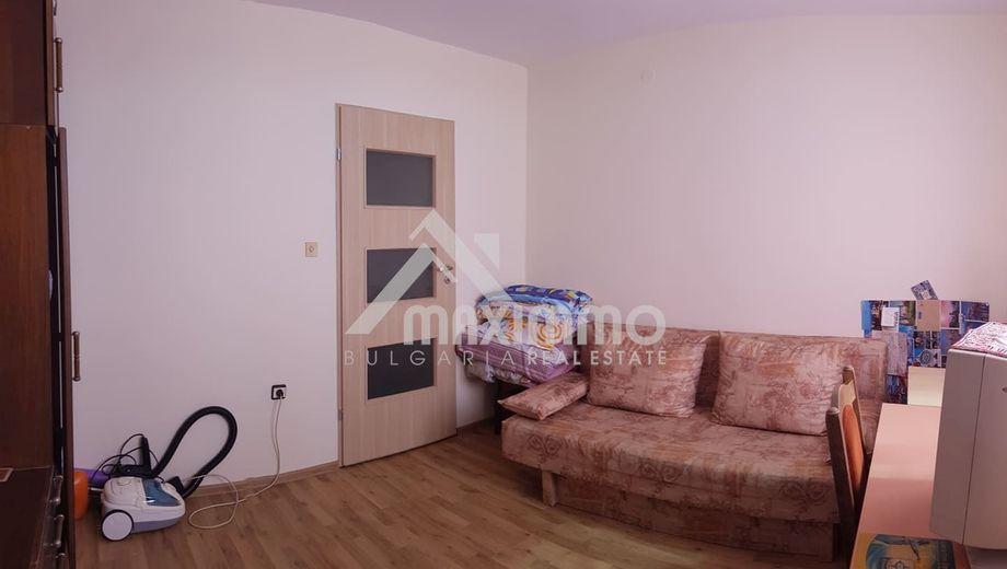 тристаен апартамент варна k5jlrf1y