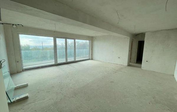 тристаен апартамент варна k61sj5b9