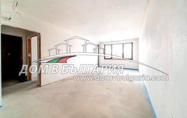 тристаен апартамент варна k7bb1wtx
