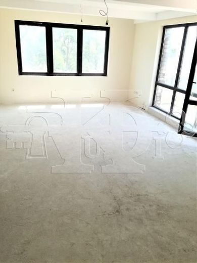 тристаен апартамент варна k8f9p3ar