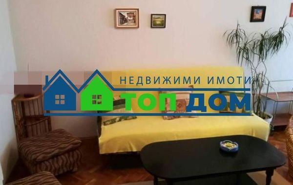 тристаен апартамент варна k8q76m7e
