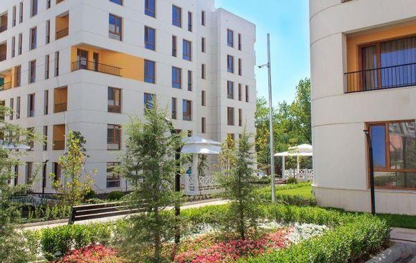 тристаен апартамент варна kk5d8rx8