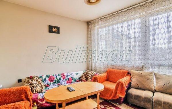 тристаен апартамент варна kv8kswx9