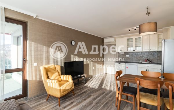 тристаен апартамент варна l6crnjl2