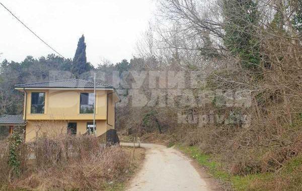 тристаен апартамент варна lfkh9y2g