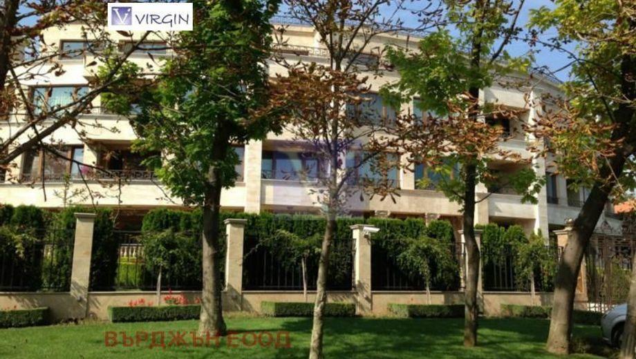 тристаен апартамент варна llk93rew