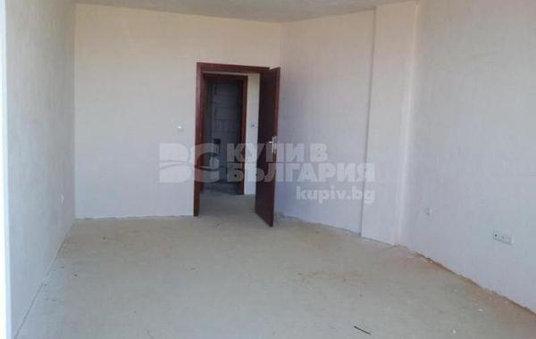тристаен апартамент варна lwpa89dc