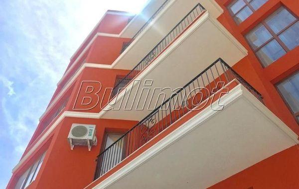 тристаен апартамент варна m57crwac