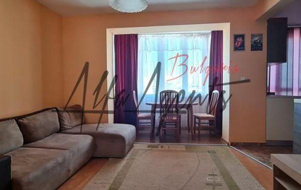 тристаен апартамент варна mg6bh2a1