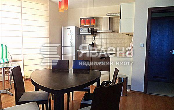 тристаен апартамент варна mpry6vtt