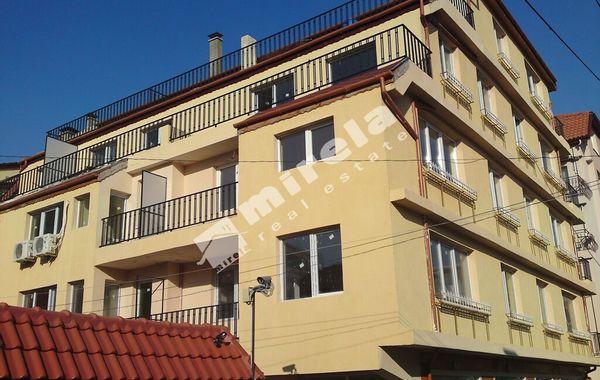 тристаен апартамент варна mrgr2v5r