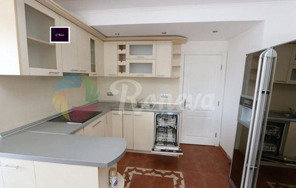 тристаен апартамент варна n32p87lb