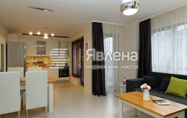 тристаен апартамент варна n3k7ejhx