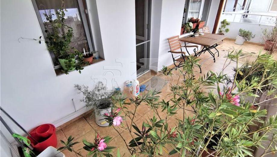 тристаен апартамент варна ncbrca7w