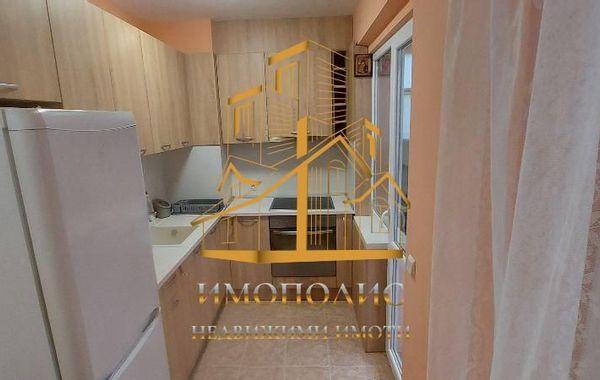 тристаен апартамент варна nfxb73jv