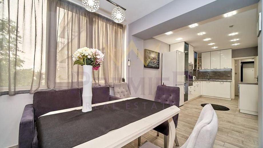 тристаен апартамент варна ngd67c95