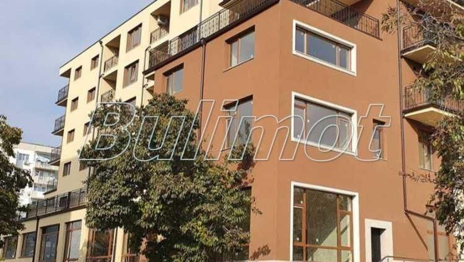 тристаен апартамент варна p7sq137h