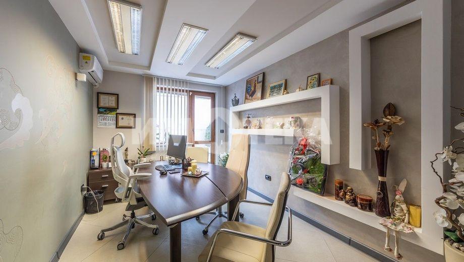 тристаен апартамент варна pr8upu2a