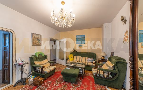 тристаен апартамент варна pyv6v7fw