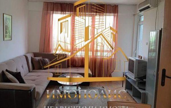 тристаен апартамент варна q5mq5eu7