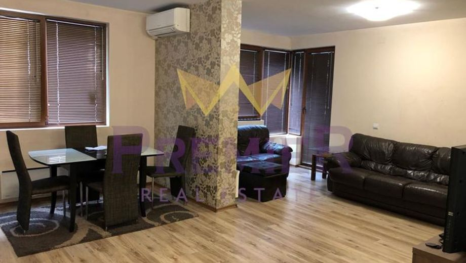 тристаен апартамент варна q73l1vc6