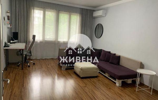 тристаен апартамент варна q9wbs32f