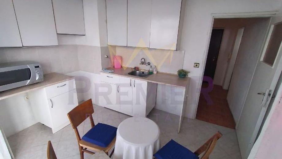 тристаен апартамент варна qabr99ub