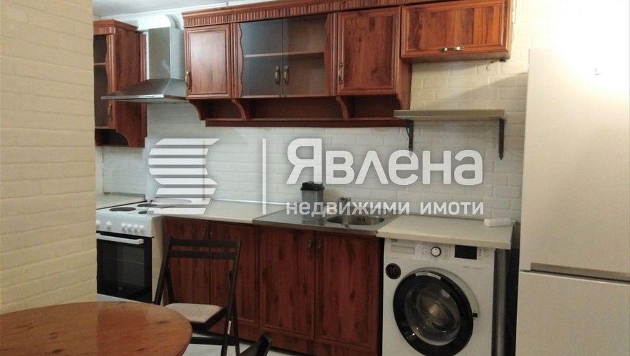 тристаен апартамент варна qfhkhdy8