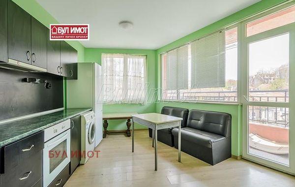 тристаен апартамент варна qjp97lg4